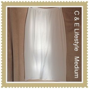 White Pencil Skirt Vintage by C&E Lifestyle Medium
